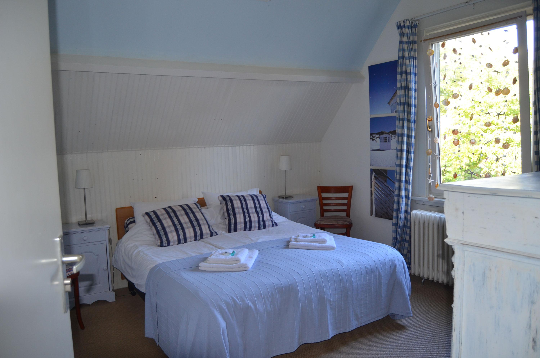 Kamers en prijzen bed and breakfast 39 de waag 39 - Kamer onder de helling ...